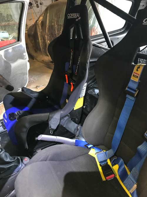 Renault Clio 172 race seat fitting
